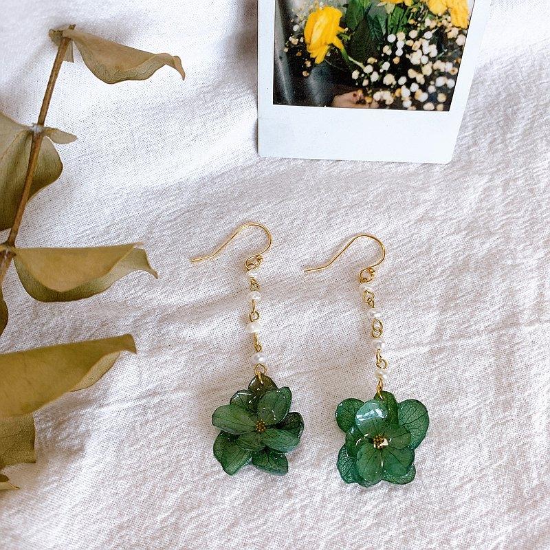繡球花耳環 永生不凋花 乾燥花 真花飾品 珍珠 墨綠色耳墜耳夾