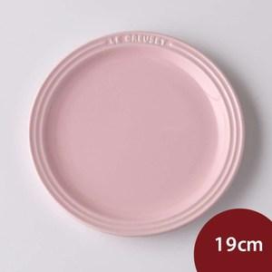 Le Creuset 圓盤 19cm 雪紡粉