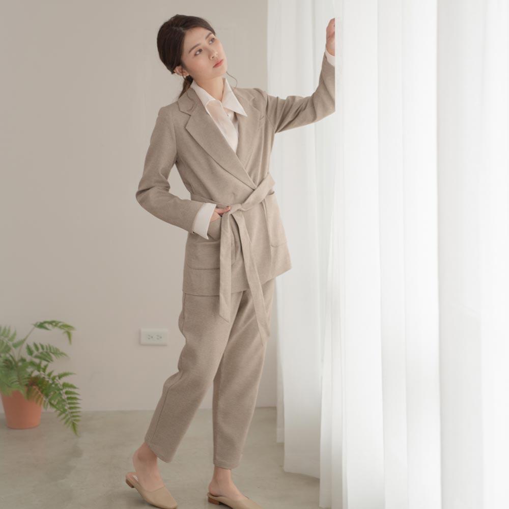 小格紋混小羊毛時尚綁帶西裝套裝