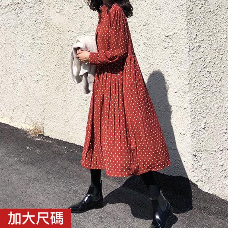 ★秋冬現貨★中大尺碼 小花下百褶雪紡洋裝-eFashion【N16680244】