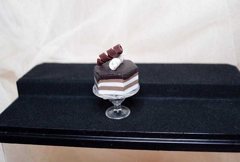 【生活日常】袖珍高腳盤手工蛋糕・義式咖啡蛋糕軟陶模型