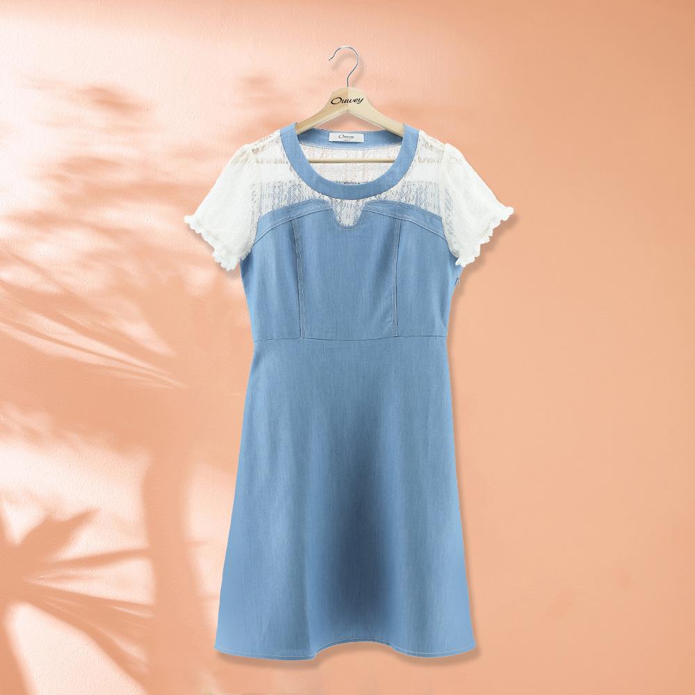 OUWEY歐薇 甜美休閒蕾絲拼接仿丹寧修身洋裝(藍)J32721