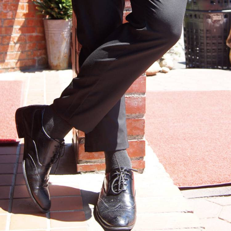 VOLA 經典休閒 高級紳士襪-黑 【康是美】