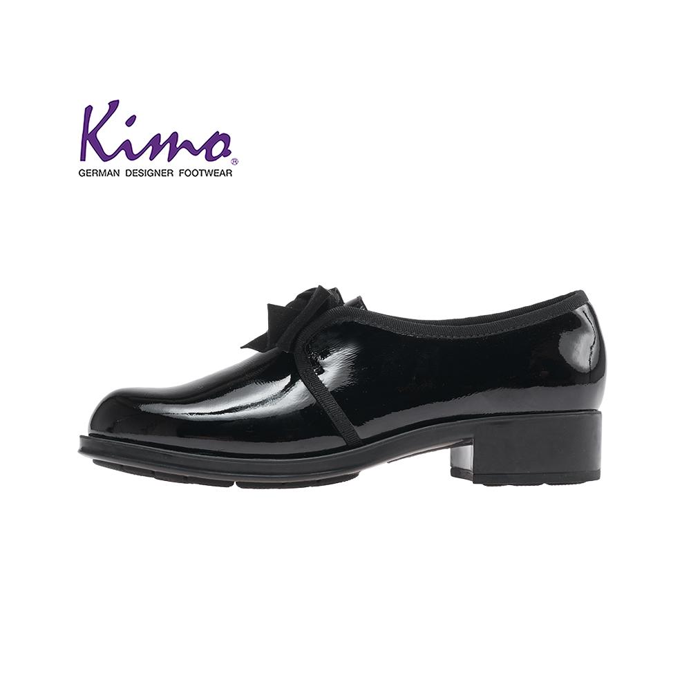 Kimo漆皮蝴蝶結簡約設計牛津低跟休閒鞋 女鞋(黑D51AIWF012053)