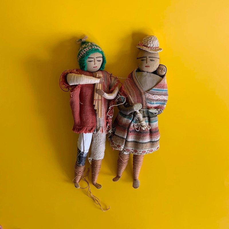 早期 中美洲傳統服飾一家人公仔