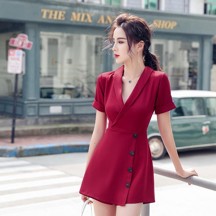 VIVILIAN日系復帥氣V領西裝式排扣連身褲裙-性感酒紅