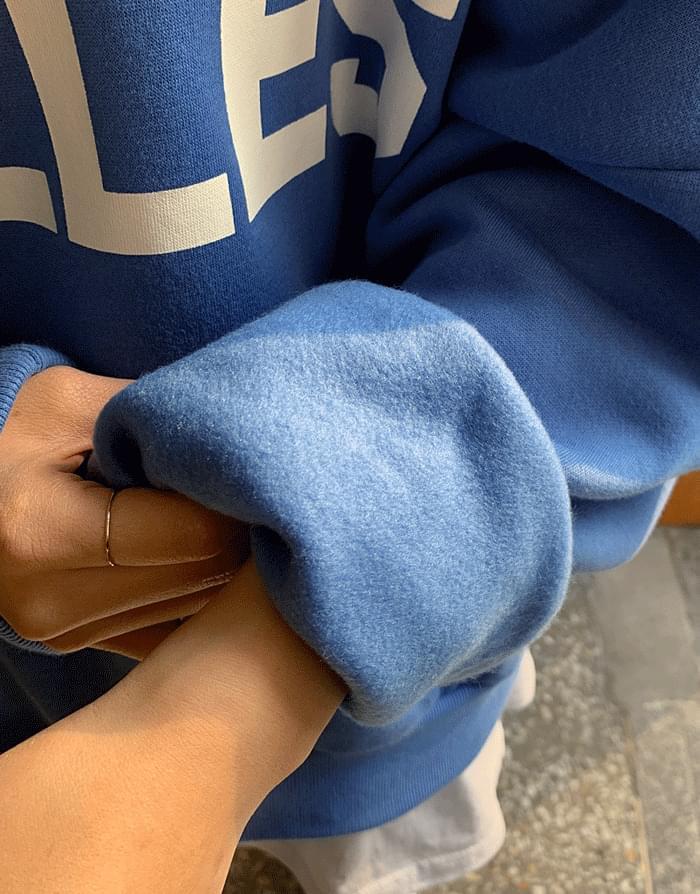 韓國空運 - 圓領T恤鬆緊腰慢跑褲加絨兩件套 套裝