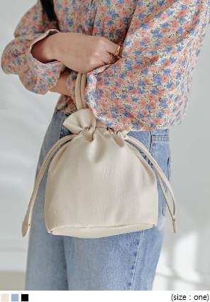 韓國空運 - 抽繩束口皮革水桶包 肩背包