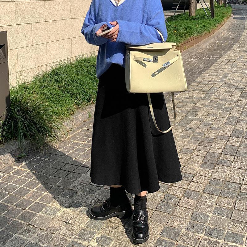 【Kang】胖妹妹大碼女裝針織半身裙女秋冬新款胖MM顯瘦黑色中長款裙子