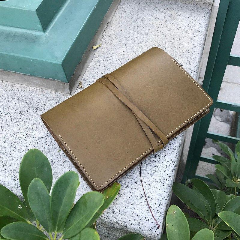 艾曼紐II A6 六孔活頁皮革手帳筆記本 橄欖油綠 / 客製刻字禮物