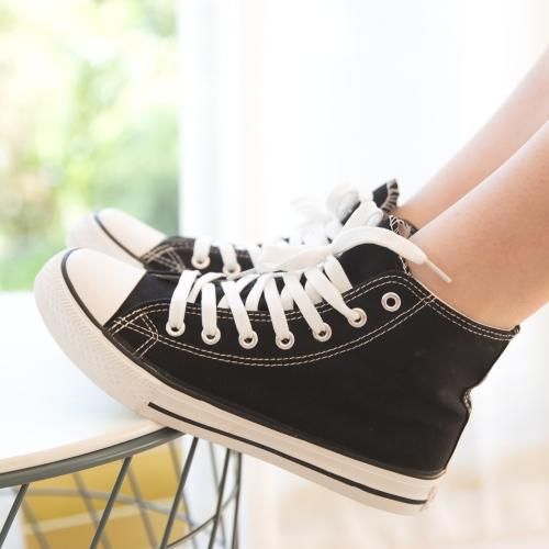 【35-44全尺碼】休閒鞋.百搭經典高筒綁帶帆布鞋.白鳥麗子