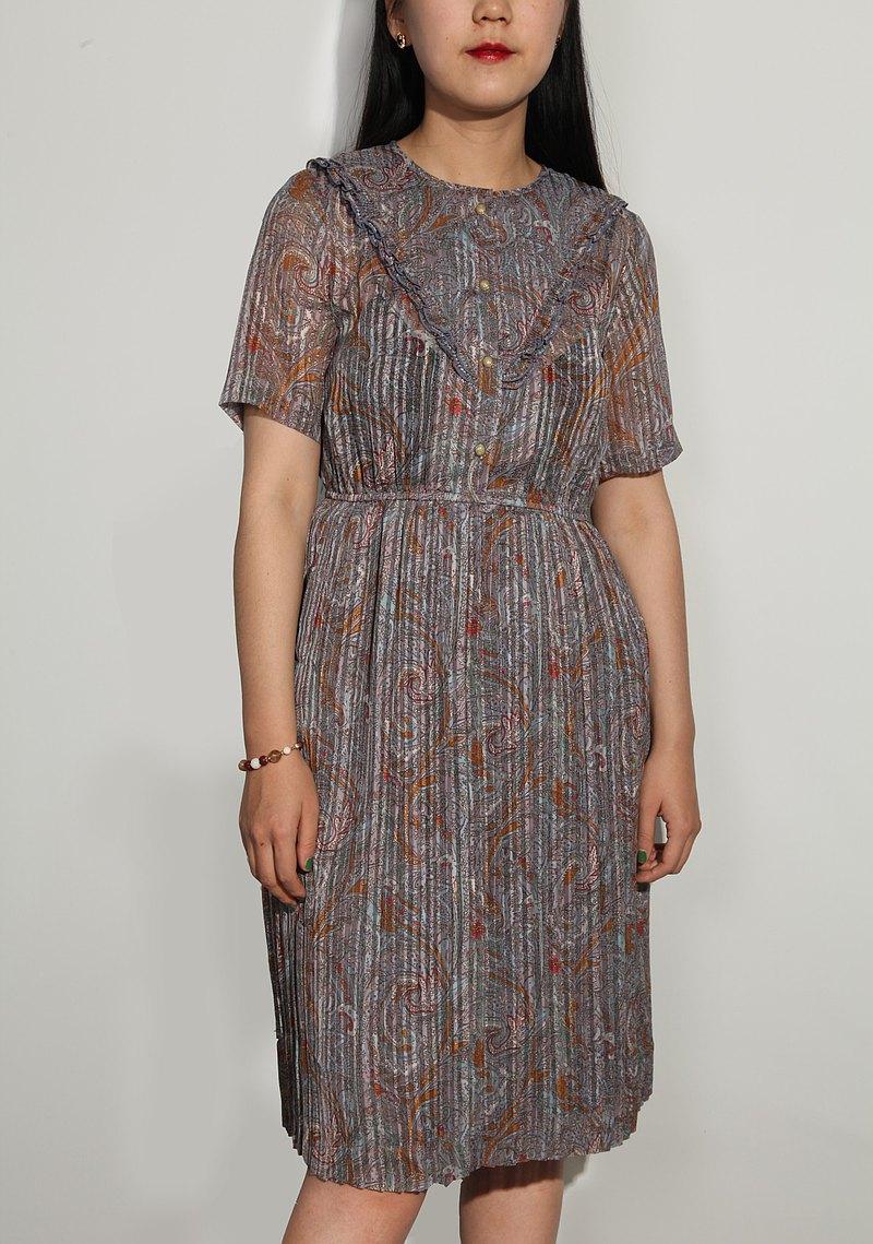 日本製 復古木耳邊絢爛暗花春夏百褶洋裝連身裙
