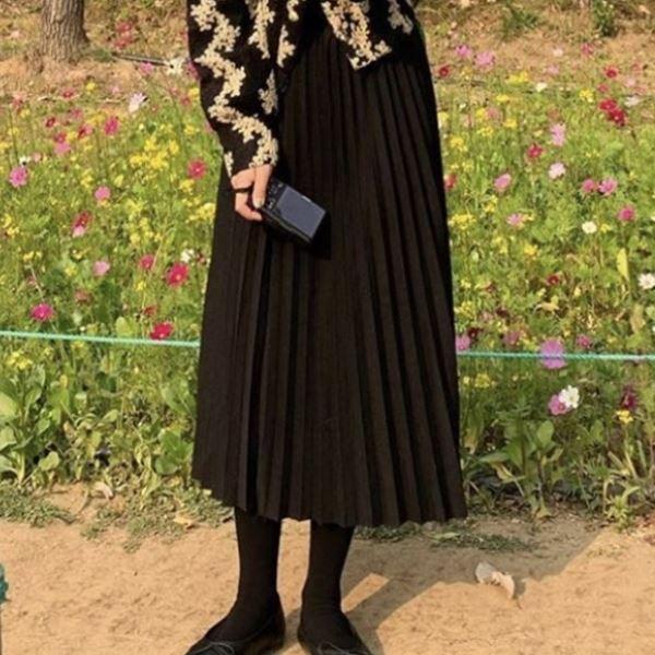 長裙.日系修身簡約素面百摺高腰長裙.白鳥麗子