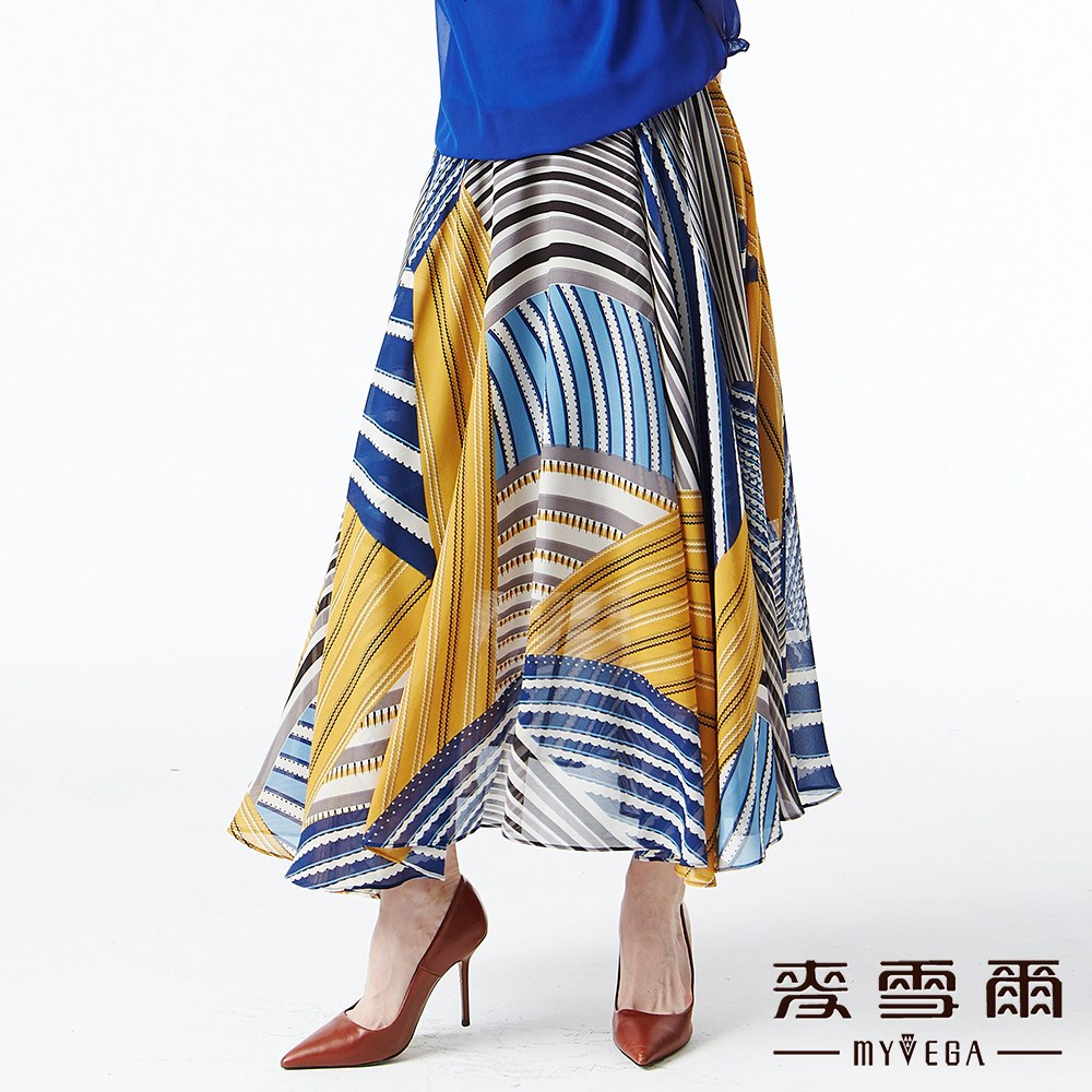 【麥雪爾】層疊條紋印花彈性腰身傘襬長裙