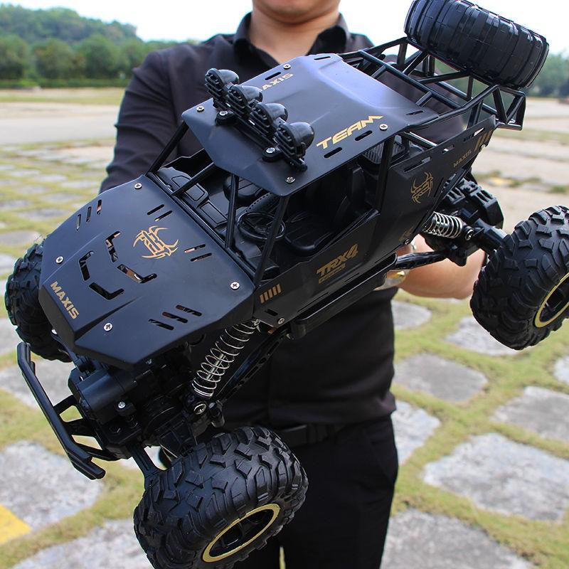 【现货熱賣】超大號遙控車漂移越野車四驅攀爬大腳車高速賽車男孩充電玩具汽車