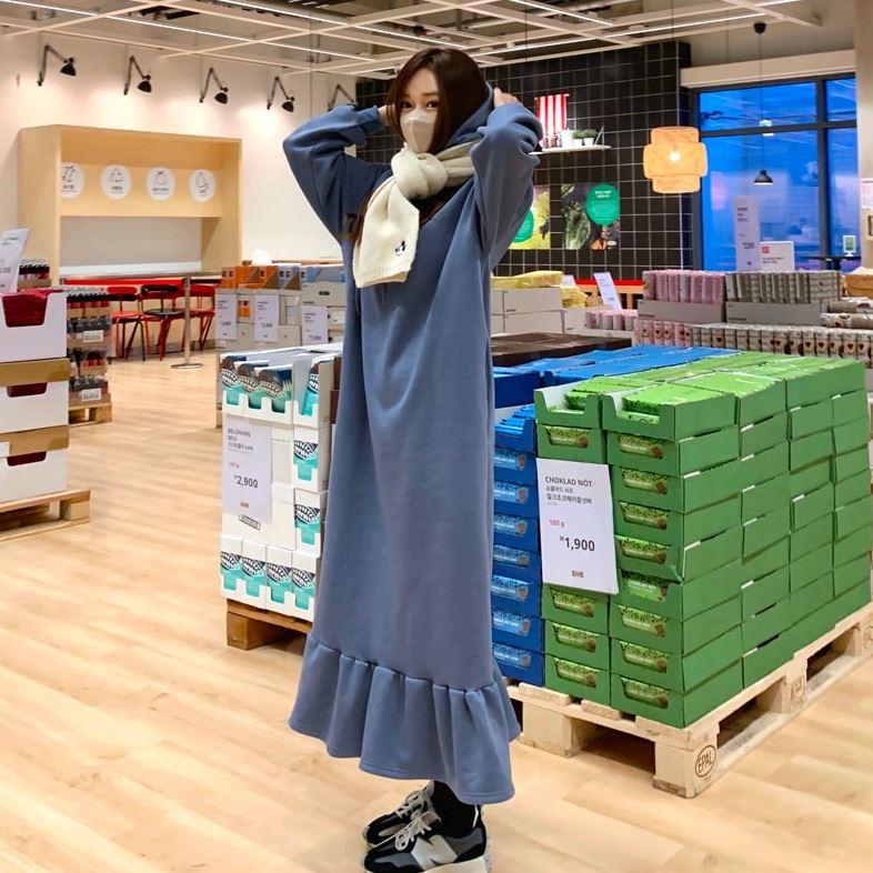 韓國製.優雅素面荷葉裙長版長袖連帽洋裝.白鳥麗子