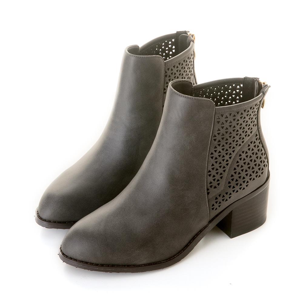 三角形鏤空木紋粗跟短靴 灰 GW18-157GY