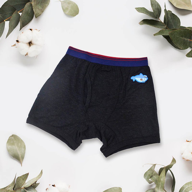 貝柔天絲棉舒膚平衡童男平口褲-貼布繡鯊魚