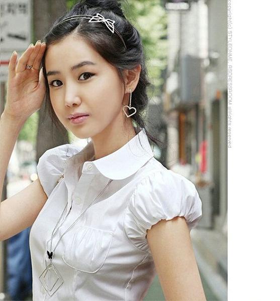 泡泡袖短袖襯衫女娃娃領休閑上衣女衣服夏季女裝潮工衣韓版職業裝 茱莉亞