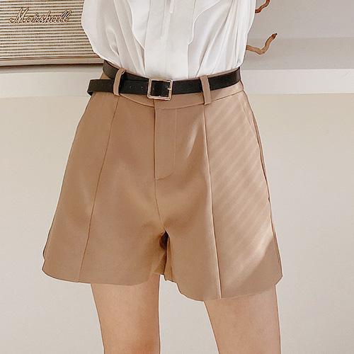 現貨-微甜氣質簡約後鬆緊西裝短褲-AA-Rainbow【A411355】