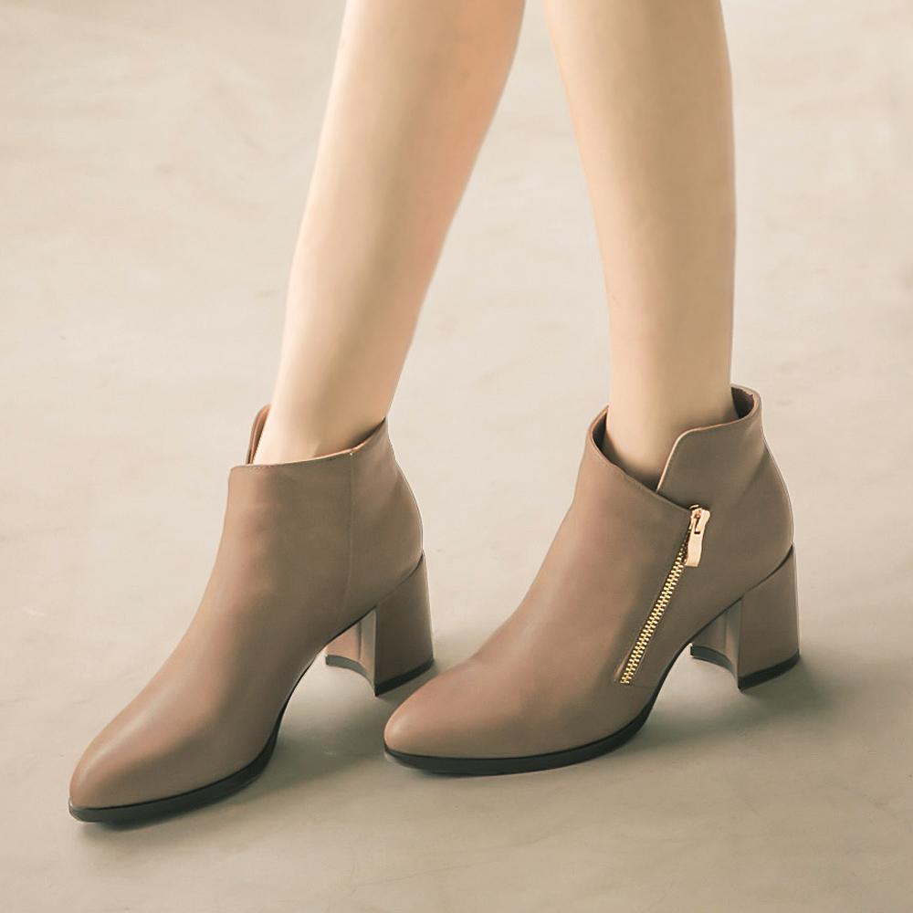 造型切口金屬拉鏈修飾尖頭短靴 藕 GW17-33OH