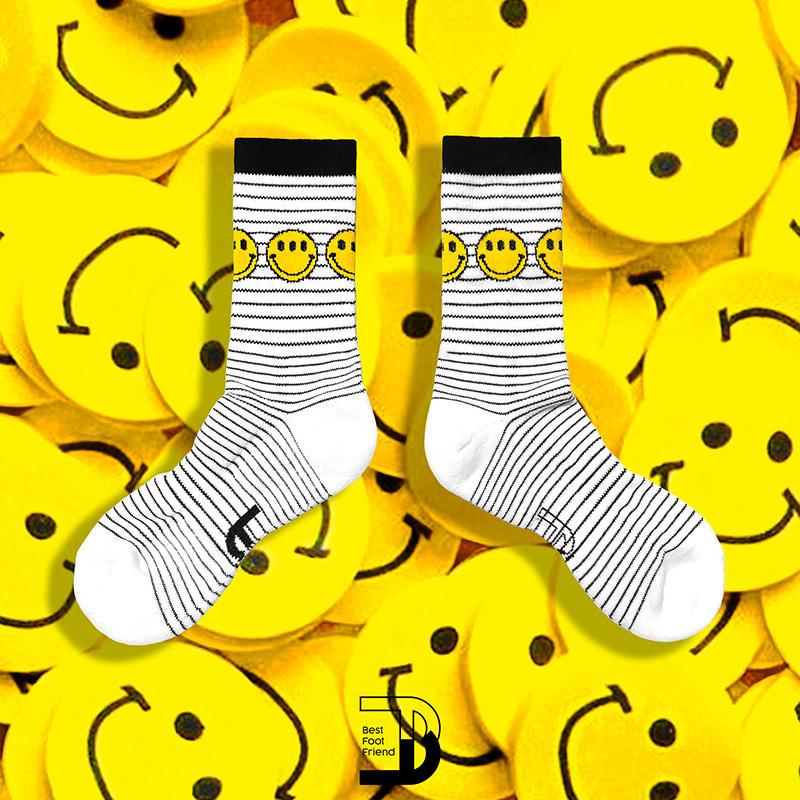 BEST FOOT FRIEND - BF200038-WH 條紋笑臉 BFF 中筒襪 / 小腿襪 (黑白)