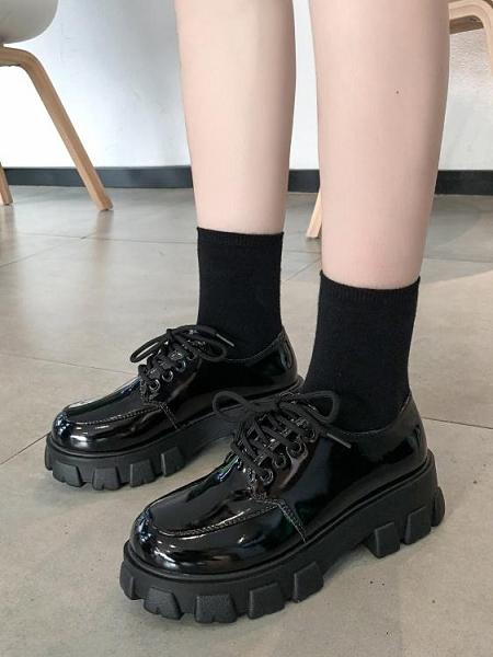 網紅鬆糕厚底小皮鞋女2021春季新款單鞋百搭英倫風圓頭繫帶漆皮鞋 童趣屋  新品