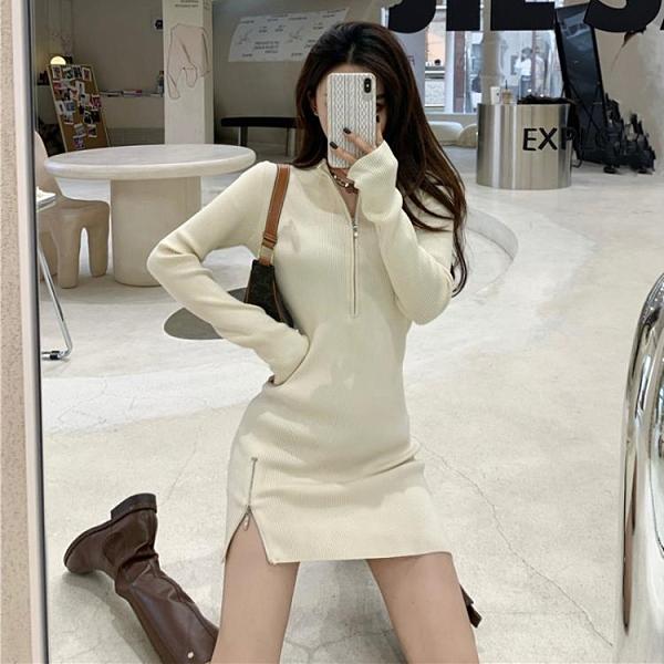 緊身洋裝 半開領性感開叉女神范修身白色針織包裙氣質緊身新款連衣裙女春裝 嬡孕哺