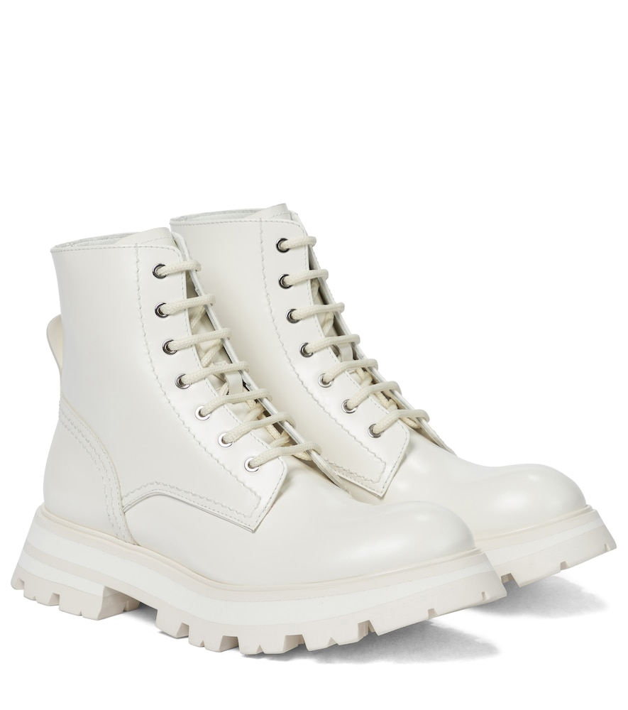 Wander leather combat boots