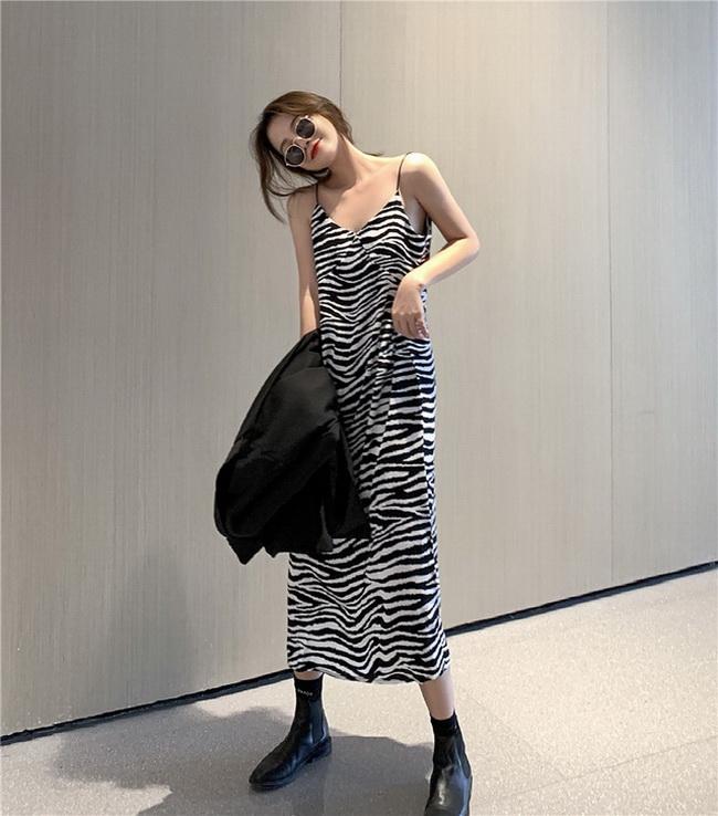 FOFU-復古斑馬紋V領吊帶連身裙泫雅風開叉法式【08SG04837】