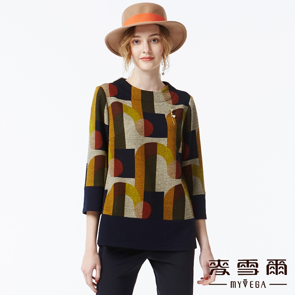 【麥雪爾】幾何線條七分袖上衣-咖啡