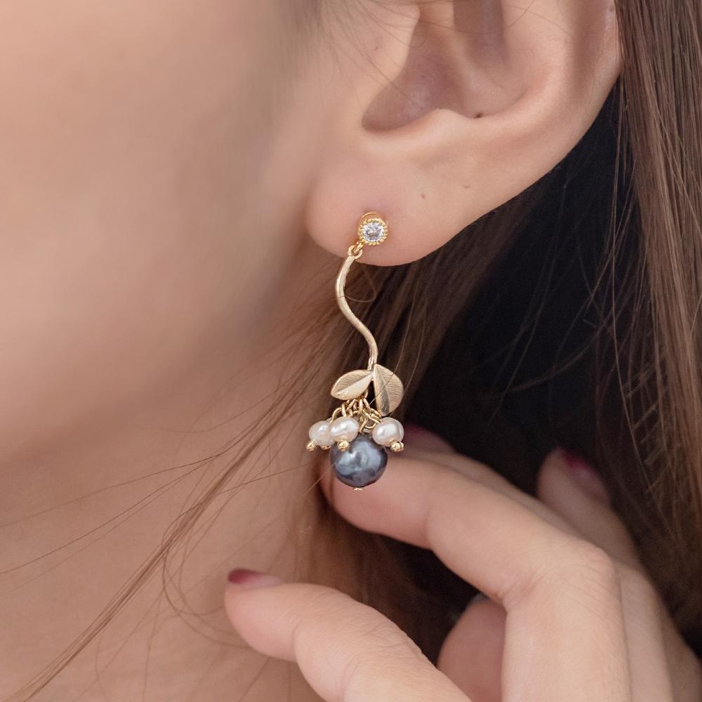 珍珠果實925銀針耳環-A10437