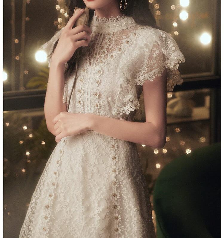 VIVILIAN日系甜美高質感蕾絲鏤空小飛袖鏤空氣質合身A字小洋裝