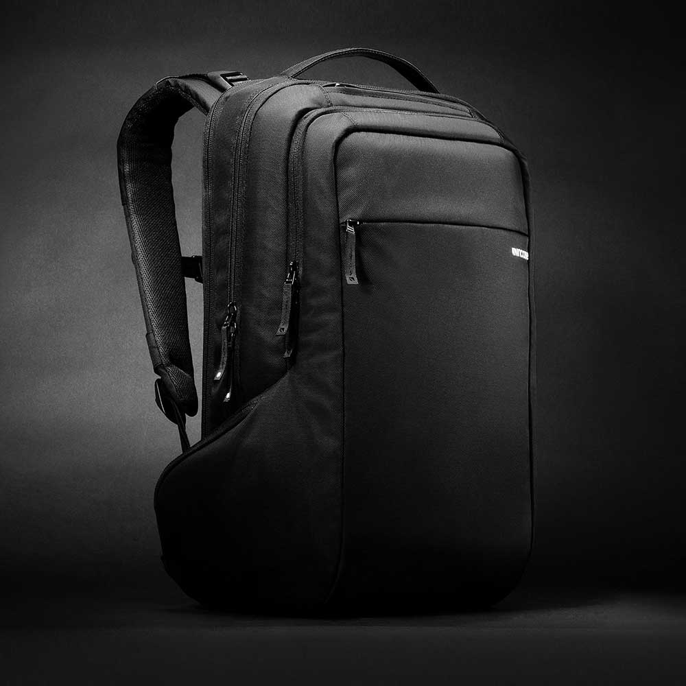 Incase ICON Pack 15 吋輕巧電腦後背包 - 黑色