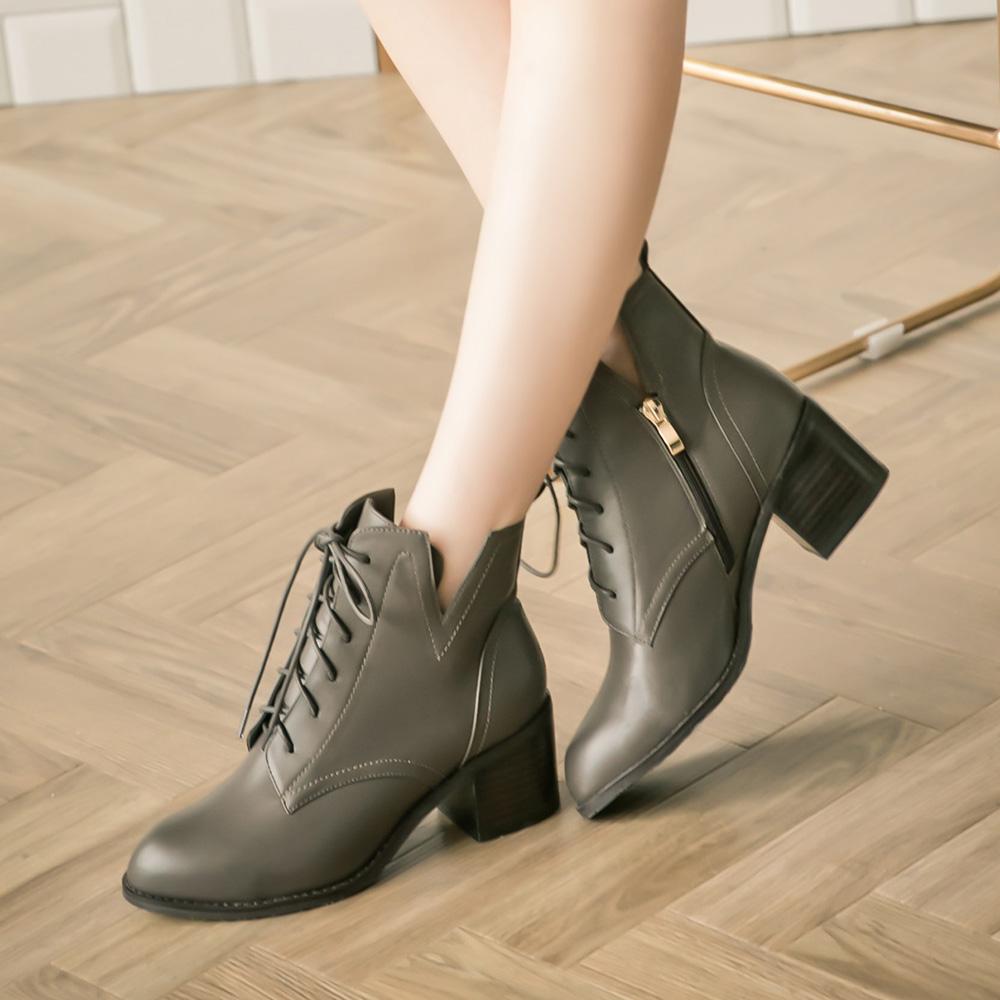 【限時7折】《Olivia奧麗薇亞》率性綁帶V口高跟短靴 灰 GW18-105GY