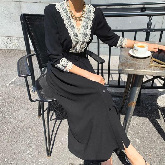 連身裙.復古顯瘦V領花邊蕾絲彈性收腰長版洋裝.白鳥麗子