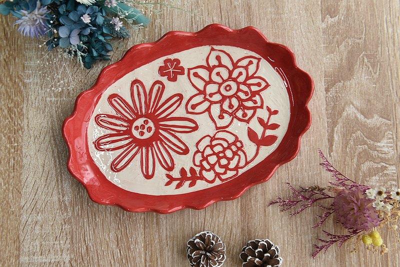 陶藝手作刻花陶盤紅色剔花