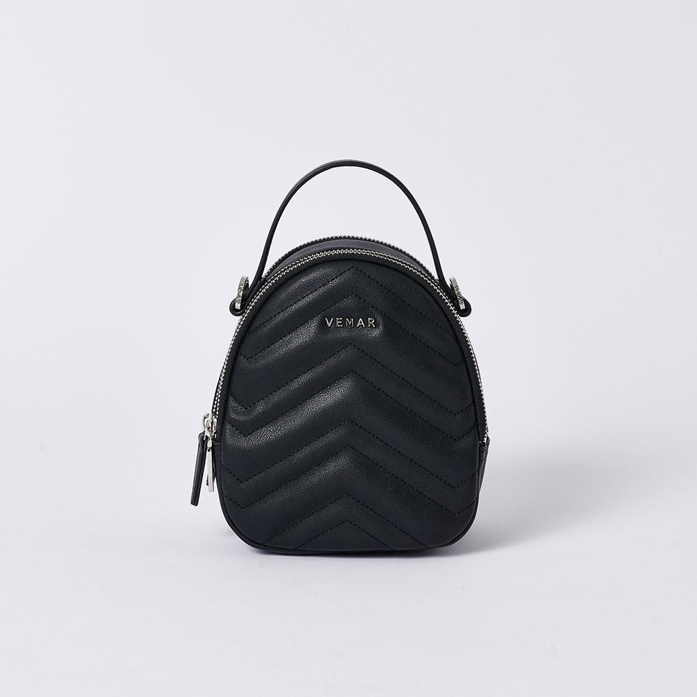 【限時特價】VEMAR優雅細緻貝殼4 WAYS小後背包(經典黑)