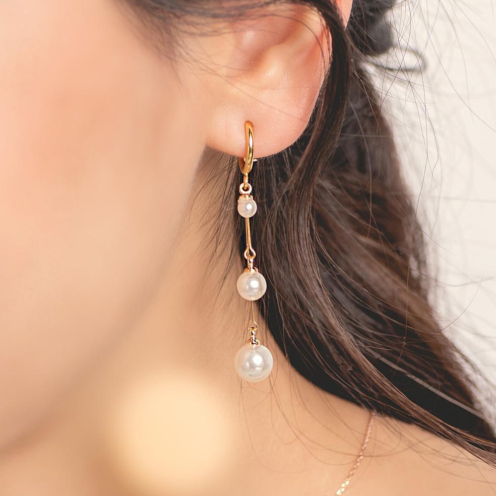 典雅珍珠串彈簧耳夾-B20010