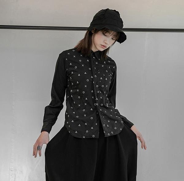 新中性BF風簡約刺繡襯衫/設計家C-964