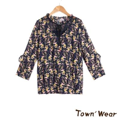 【TOWNWEAR棠葳】花卉拼接透膚蕾絲上衣