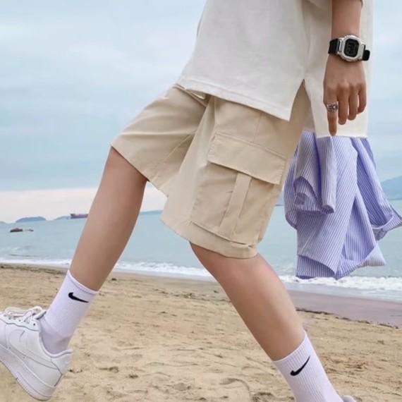 【M世代】透氣薄款寬鬆多口袋五分褲 超彈力伸縮加鬆緊帶 男短褲 五分短褲 工作短褲 海灘褲(MCFA705)