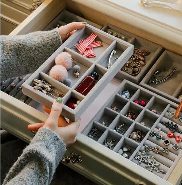 家用小號首飾盒耳環耳釘盒子手飾品首飾收納盒精致抽屜內絨布格子 時尚芭莎