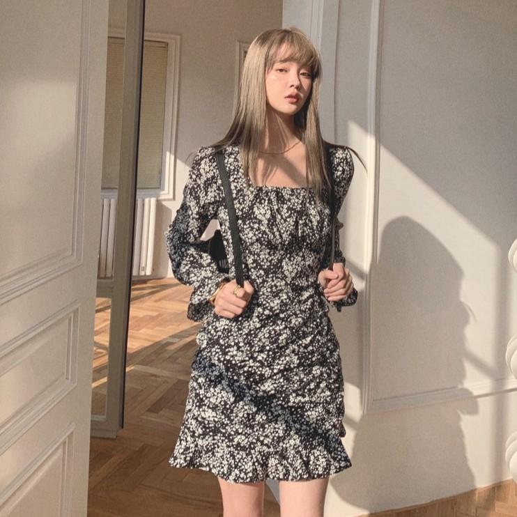 法式小眾減齡顯瘦連衣裙女收腰方領氣質碎花裙