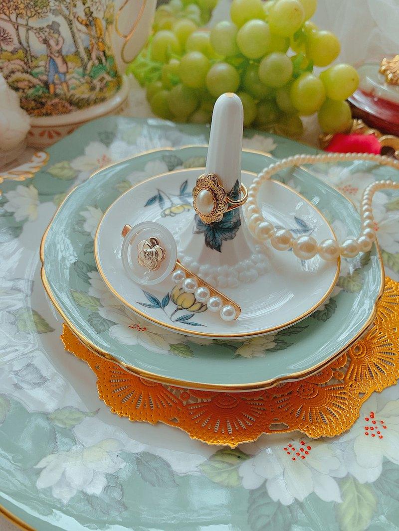 英國製 Royal Worcester 手繪骨瓷古董戒盤 戒指盤 庫存品 全新