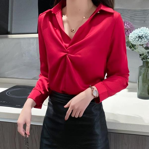 春新款V領小眾緞面長袖襯衫女氣質設計感紅色絲滑雪紡套頭襯衣 【端午節特惠】