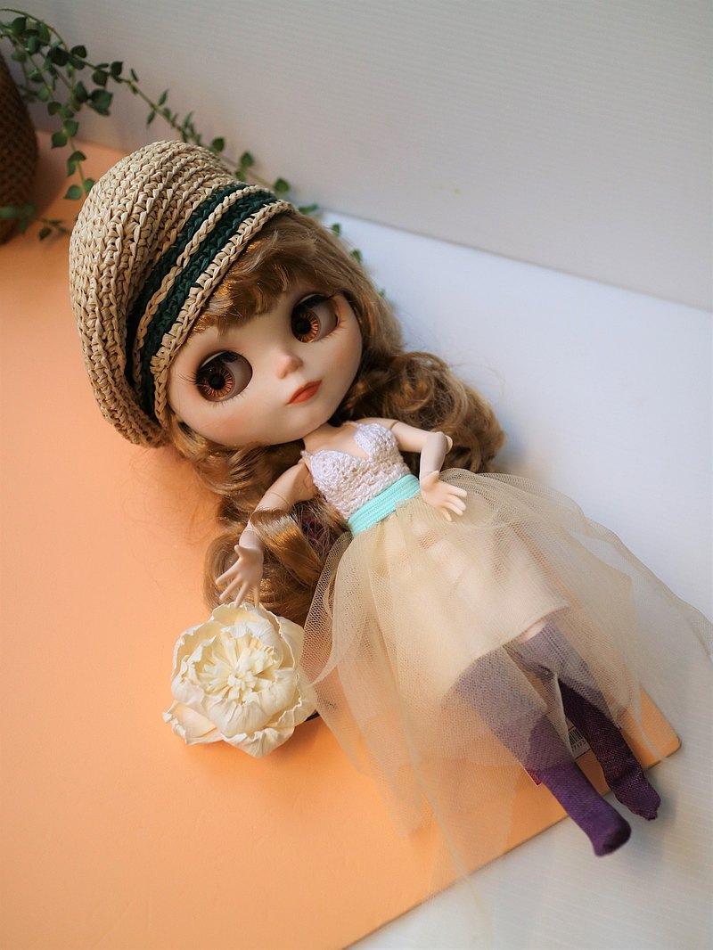 娃娃Blythe小布六分娃手工時尚服飾全套四件組葉子貝雷帽