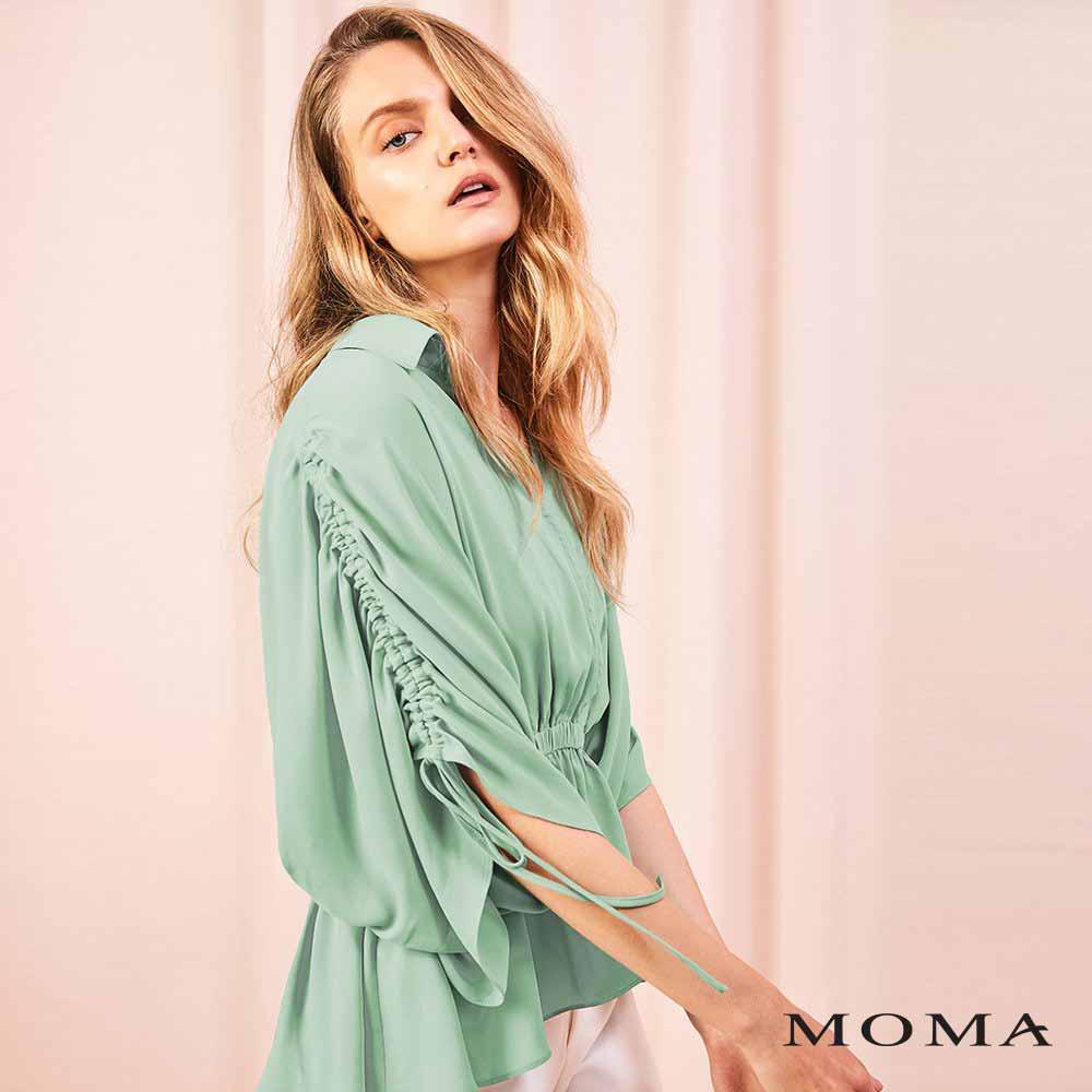 MOMA(01G060)抽繩傘狀上衣