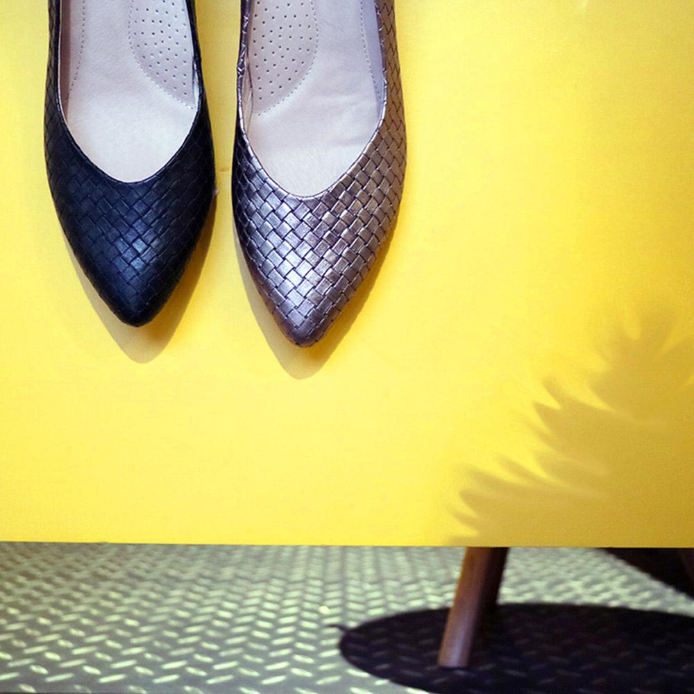 編織美學日常(零碼) 編織壓紋心型尖頭鞋