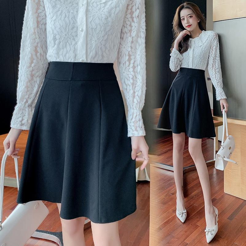 素面a字裙黑色高腰半身裙女氣質款優雅百搭韓版洋氣減齡設計感小眾大擺裙中裙傘裙